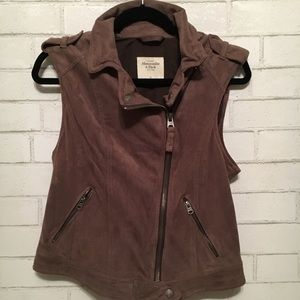 Abercrombie & Fitch Brown microsuede Brown vest S